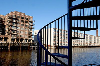 Milwaukee Images Image of the Day 090427 1234