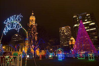 Christmas Lights Milwaukee.Milwaukeestock Com Image Of The Day 091206