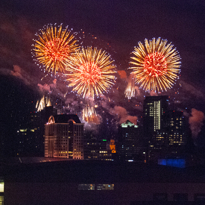 Us-bank-fireworks-milwaukee-mkeimages-creative-photo-designs-editorial-photography-0019fb
