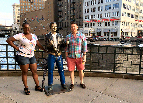 Posing-With-The-Fonz-Milwaukee-MKEimages-Creative-Photo-Designs-Editorial-Photography-1784fb
