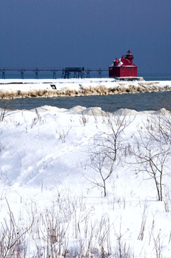 Sturgeon_bay_pierhead_0726