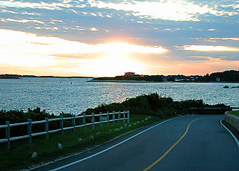 Woods_hole_sunset_1245