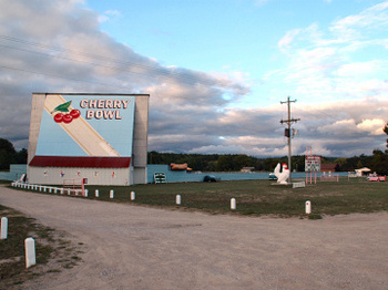 Drive_in_theater_9876