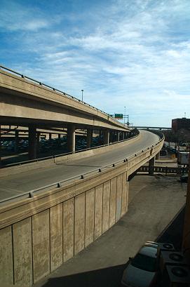 Freeway_ramp_8559