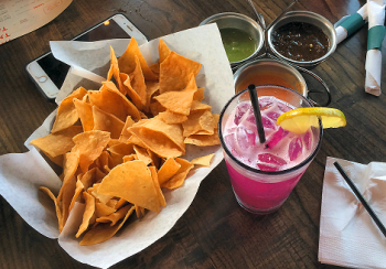 Margarita and Chips 3893