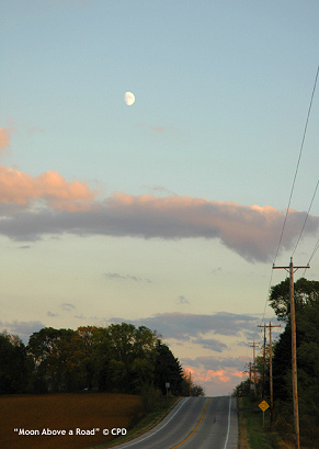 Moon_above_a_road_3612